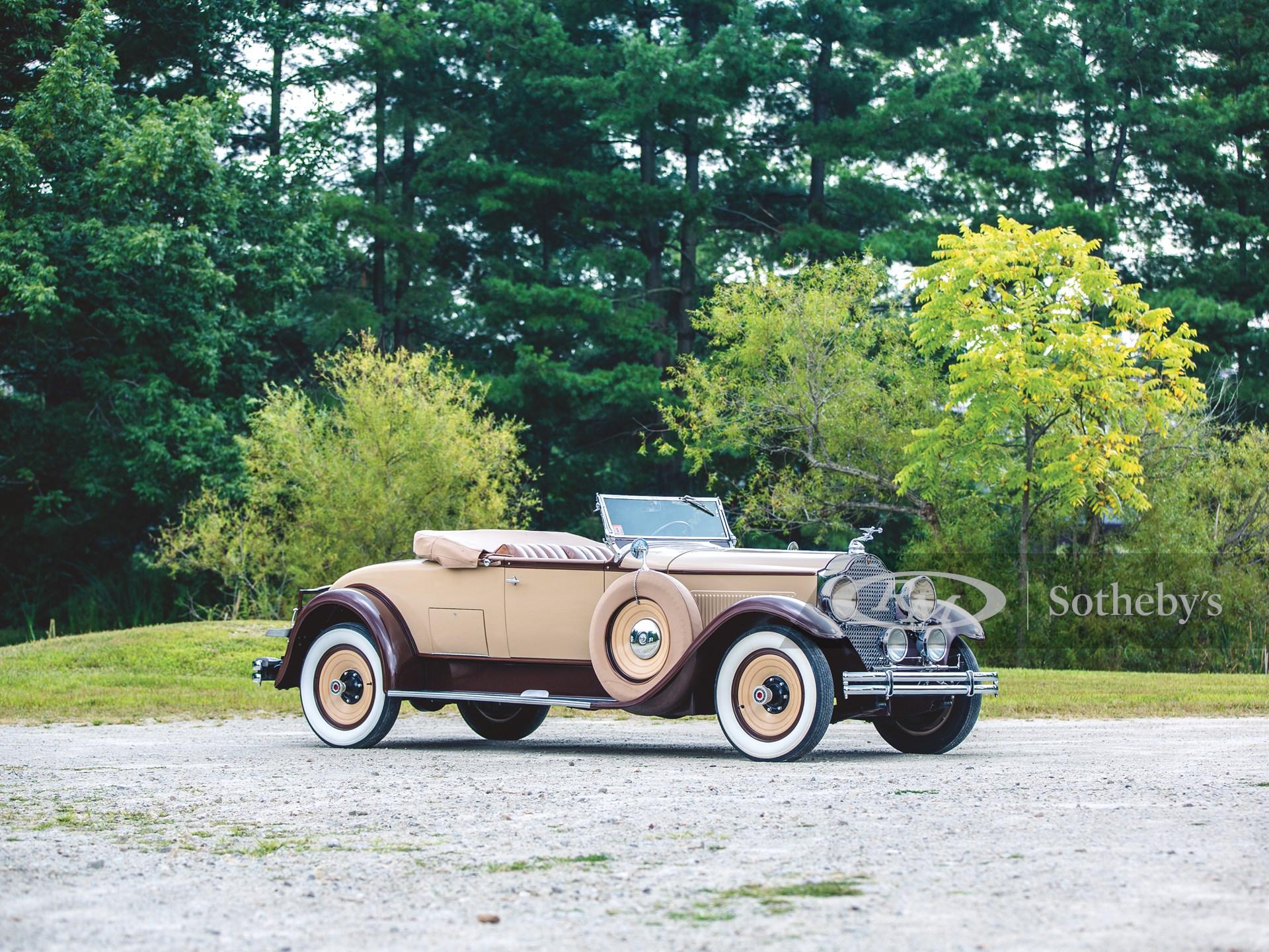 1930 Packard Eight Roadster
