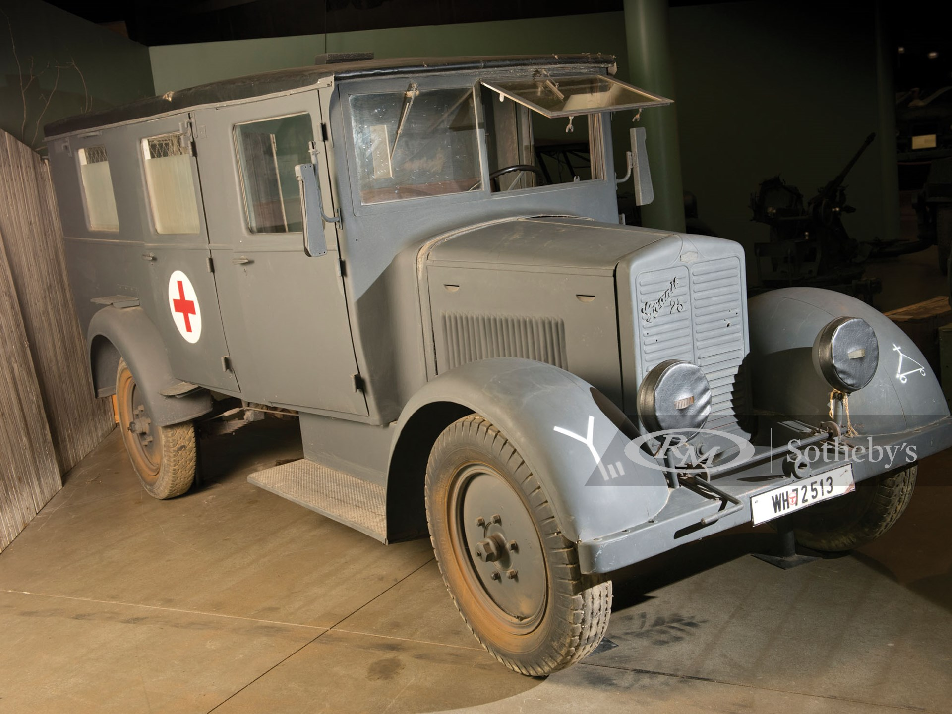 1940 Phanomen Granit 25H Ambulance