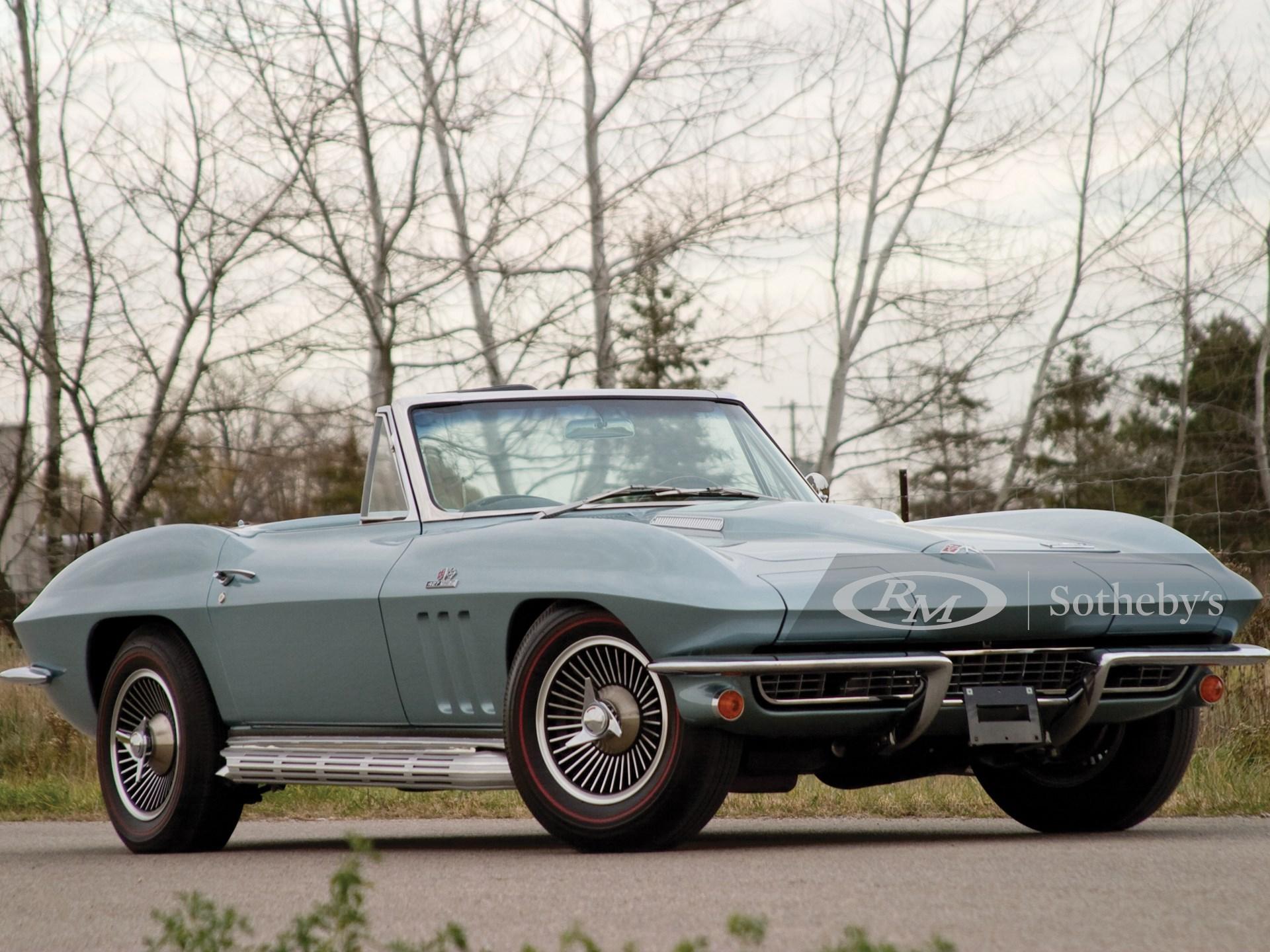 1966 Chevrolet Corvette 427 Roadster  -