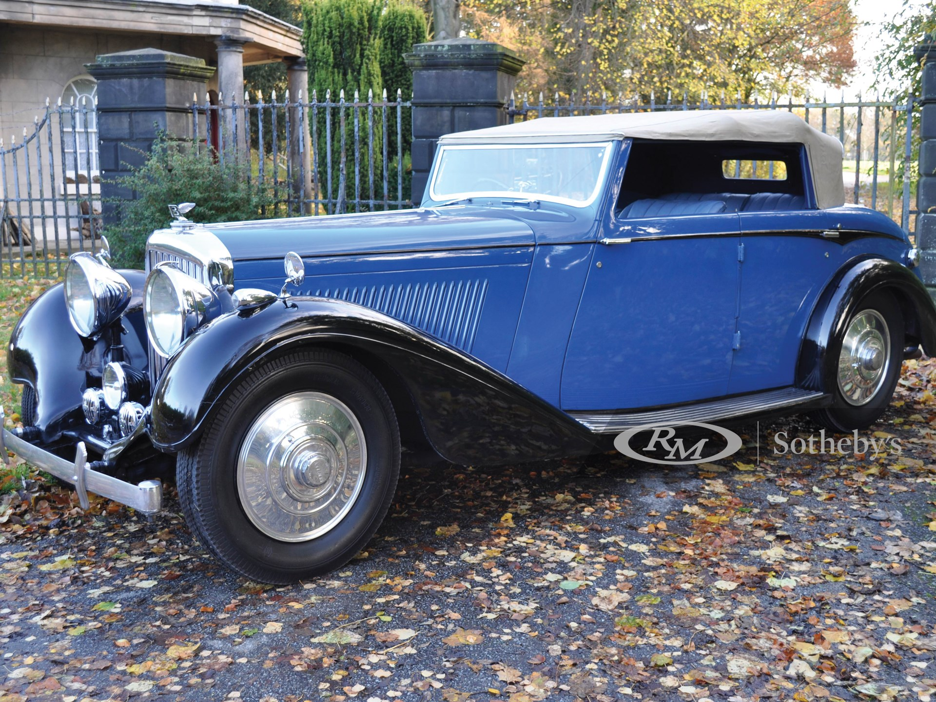 1937 Bentley 4¼ Litre Disappearing Hood Sports Tourer by Hooper