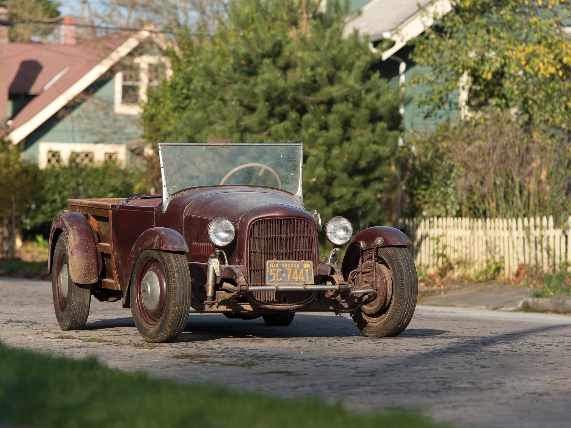 RM Sotheby\'s - 1951 Custom Hot Rod \'Barbeque Stove Bolt Special ...