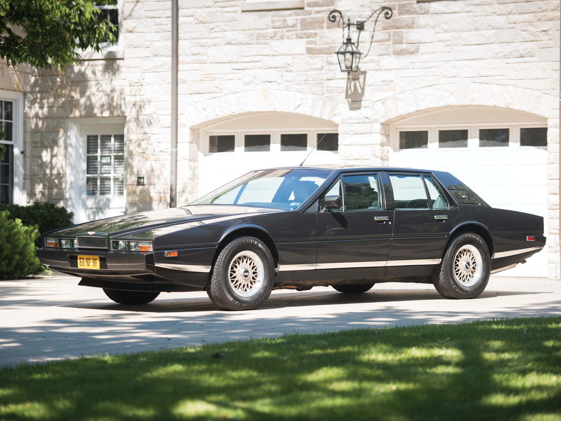 RM Sothebys Aston Martin Lagonda Series III Motor City - Aston martin lagonda