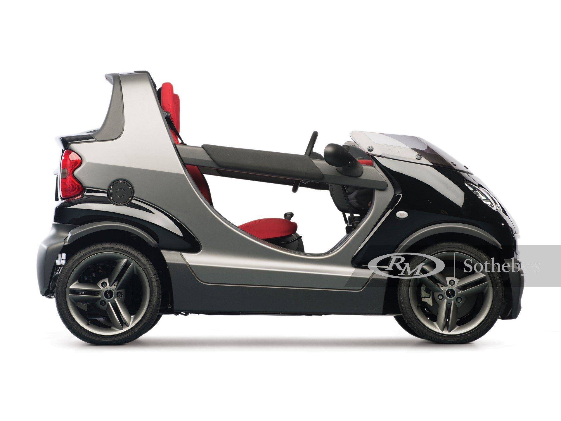 2005 MCC Smart Crossblade  -