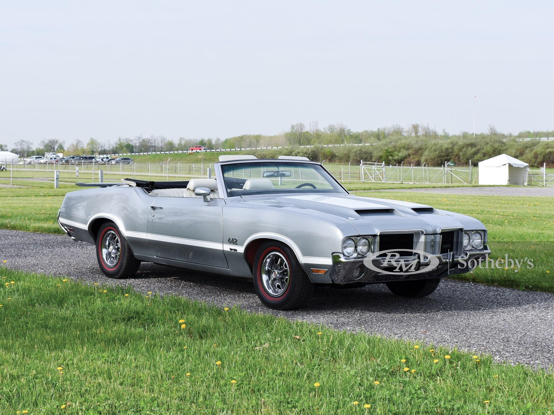 1971 Oldsmobile Cutlass Supreme Convertible 442 Tribute
