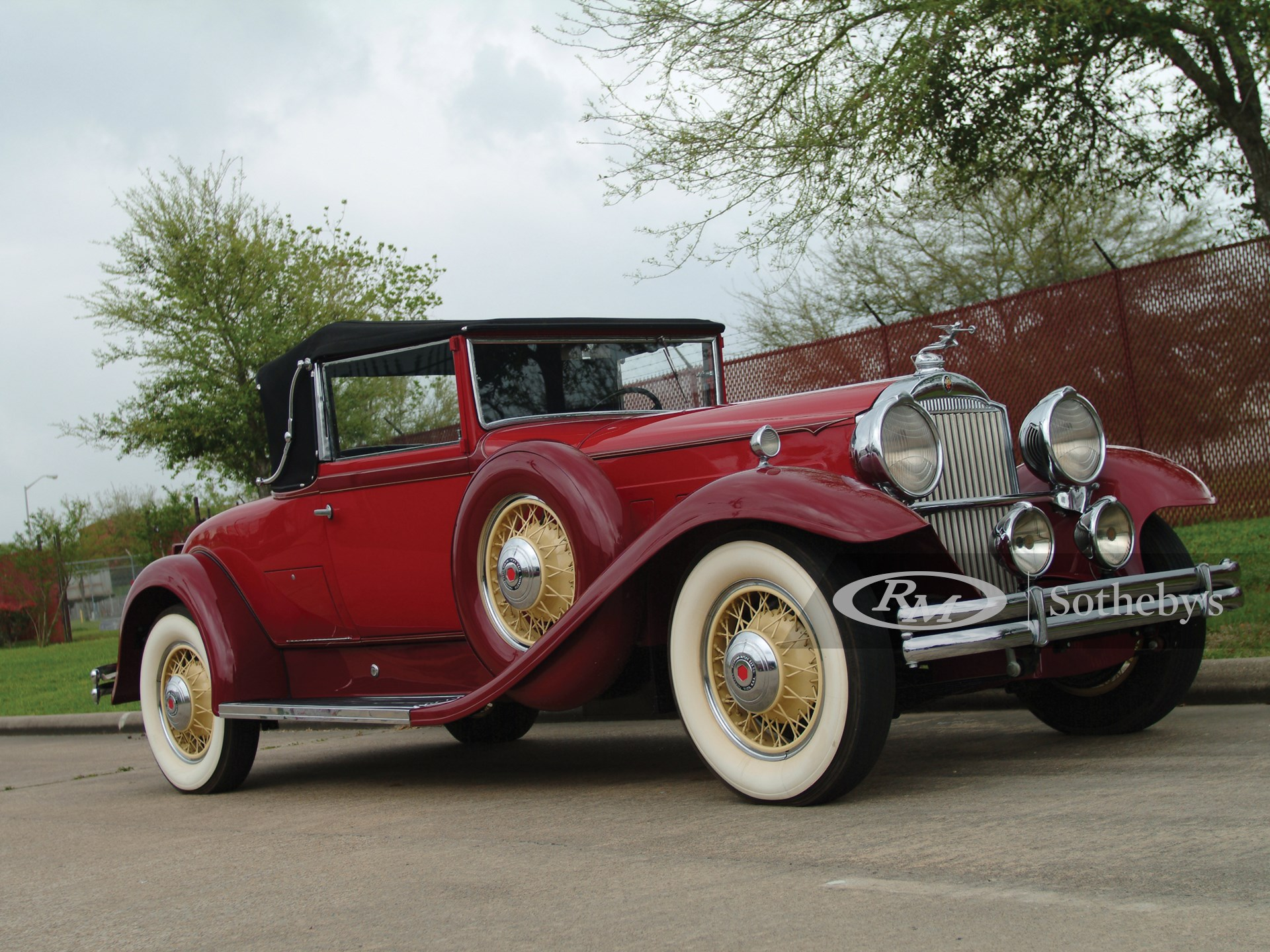 1931 Packard Deluxe Eight Conv. Coupe