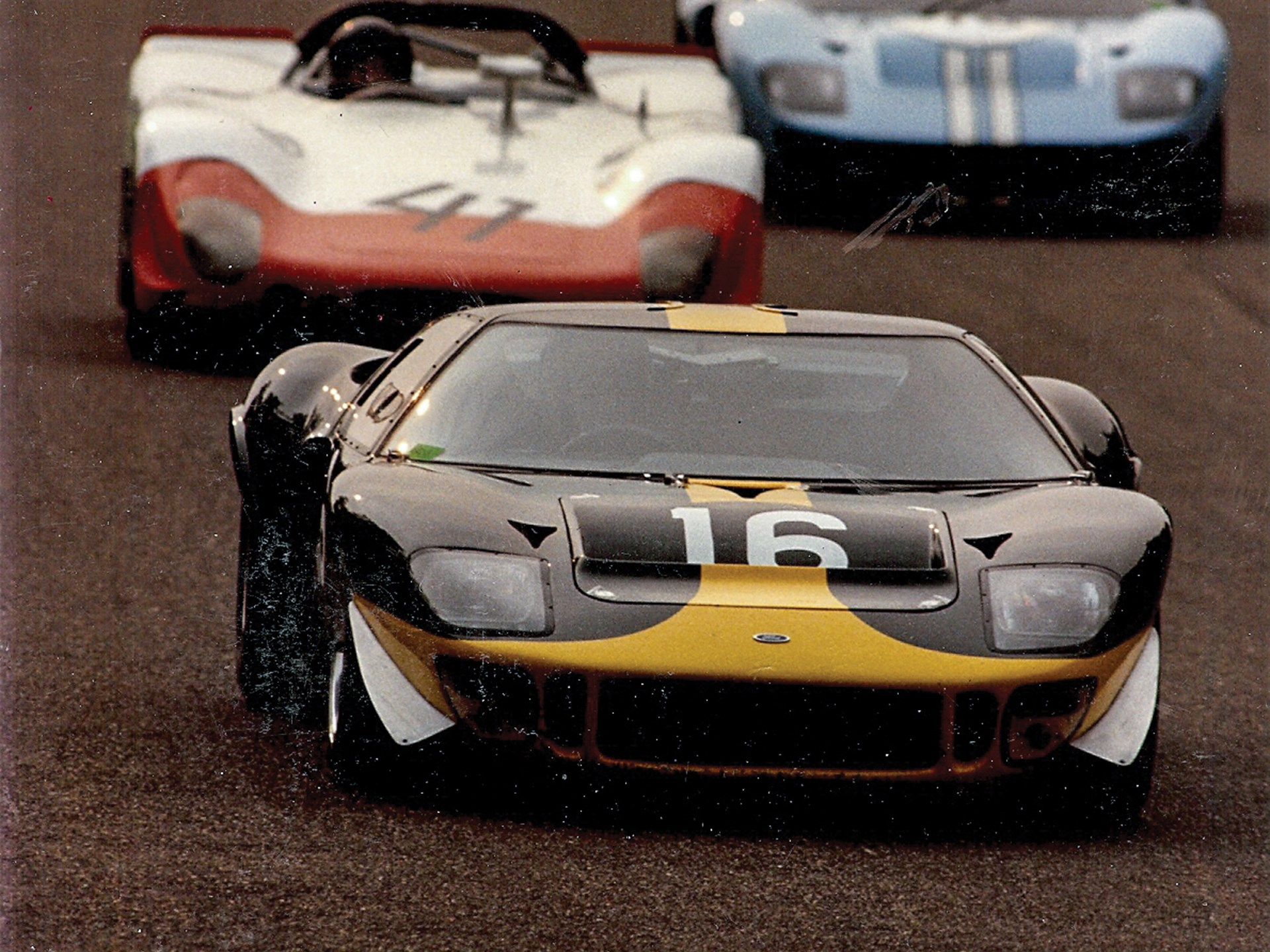 GT40 P/1061 as seen competing during its historic racing career with Bib Stillwell.