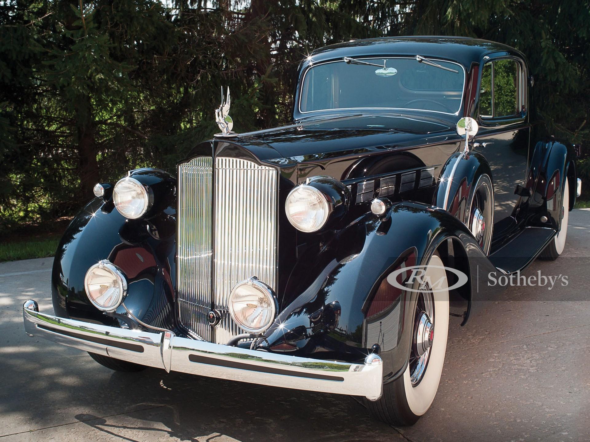 1935 Packard Super Eight