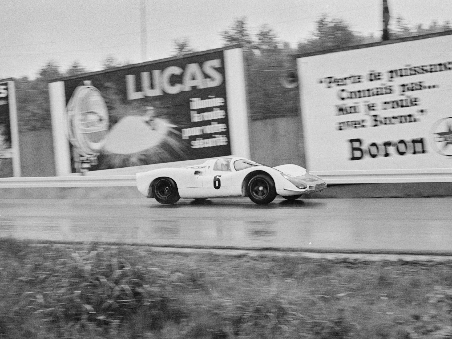 Chassis no. 908-010 at the 1968 Spa 1000 KM.