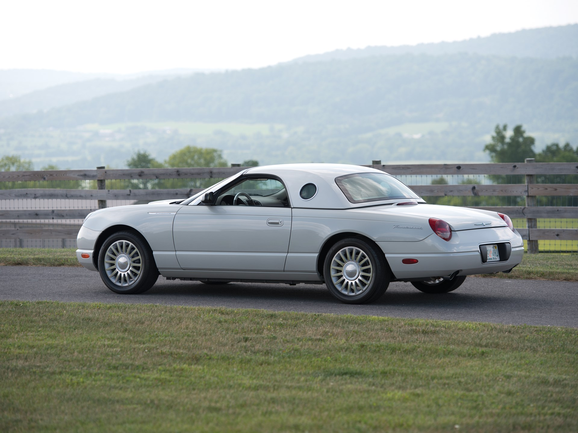 2005 Ford Thunderbird 50th Anniversary Edition