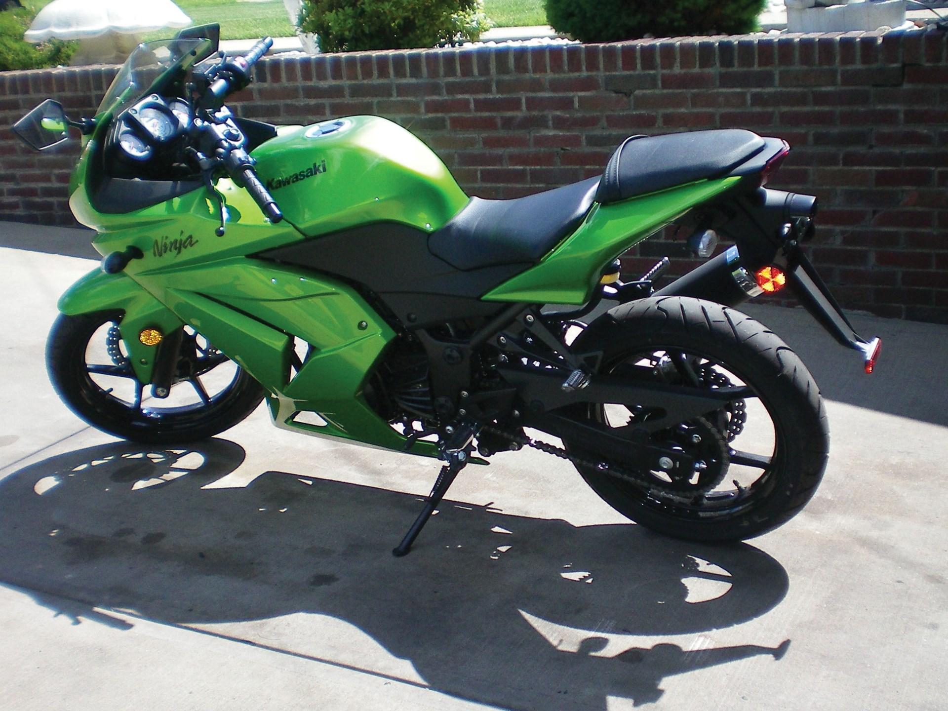 RM Sotheby's - 2012 Kawasaki Ninja 250R | Fall Carlisle 2013