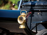 1905 Oldsmobile Model B 'Curved Dash' Runabout  - $