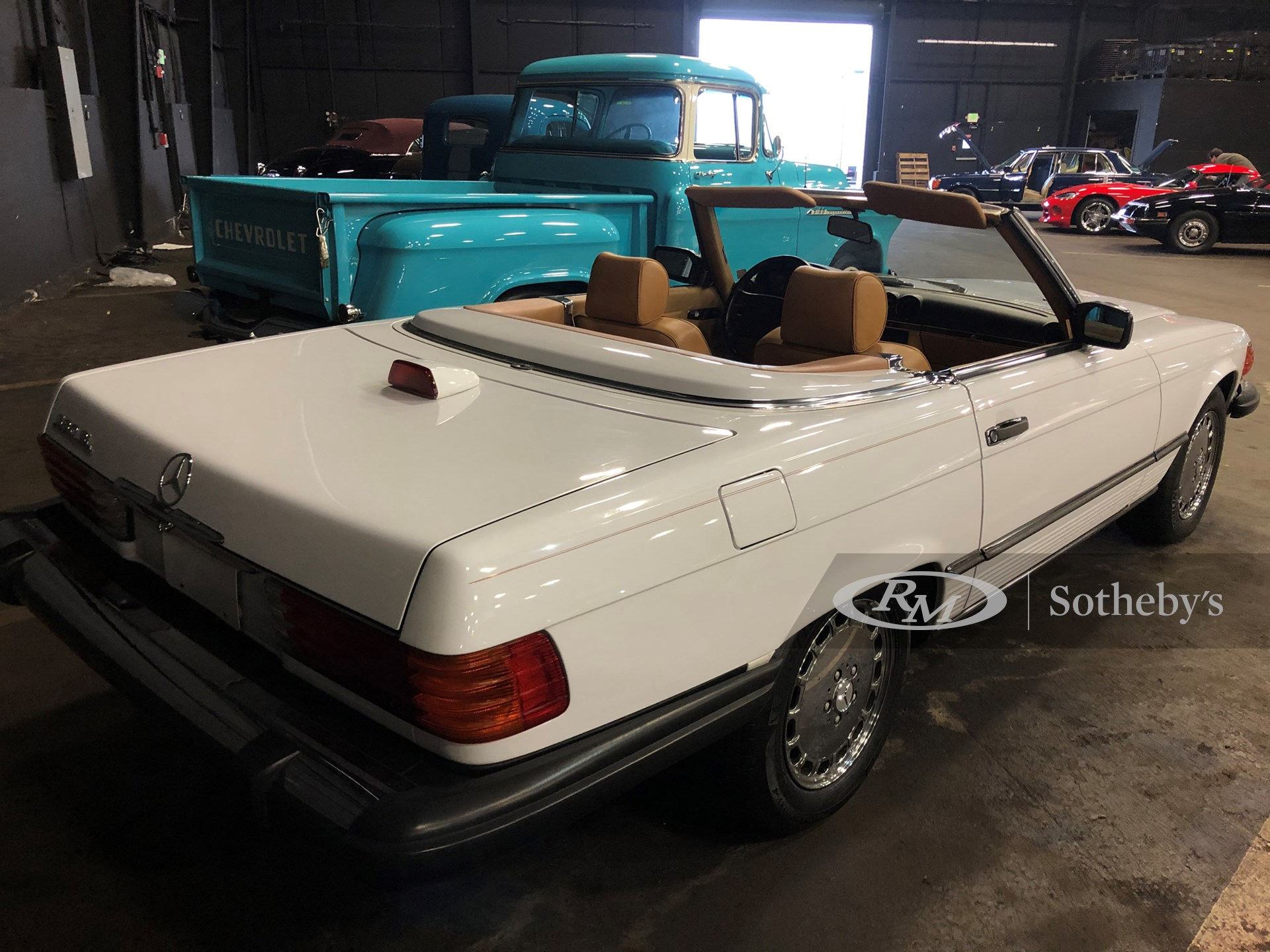 1987 Mercedes-Benz 560 SL  -