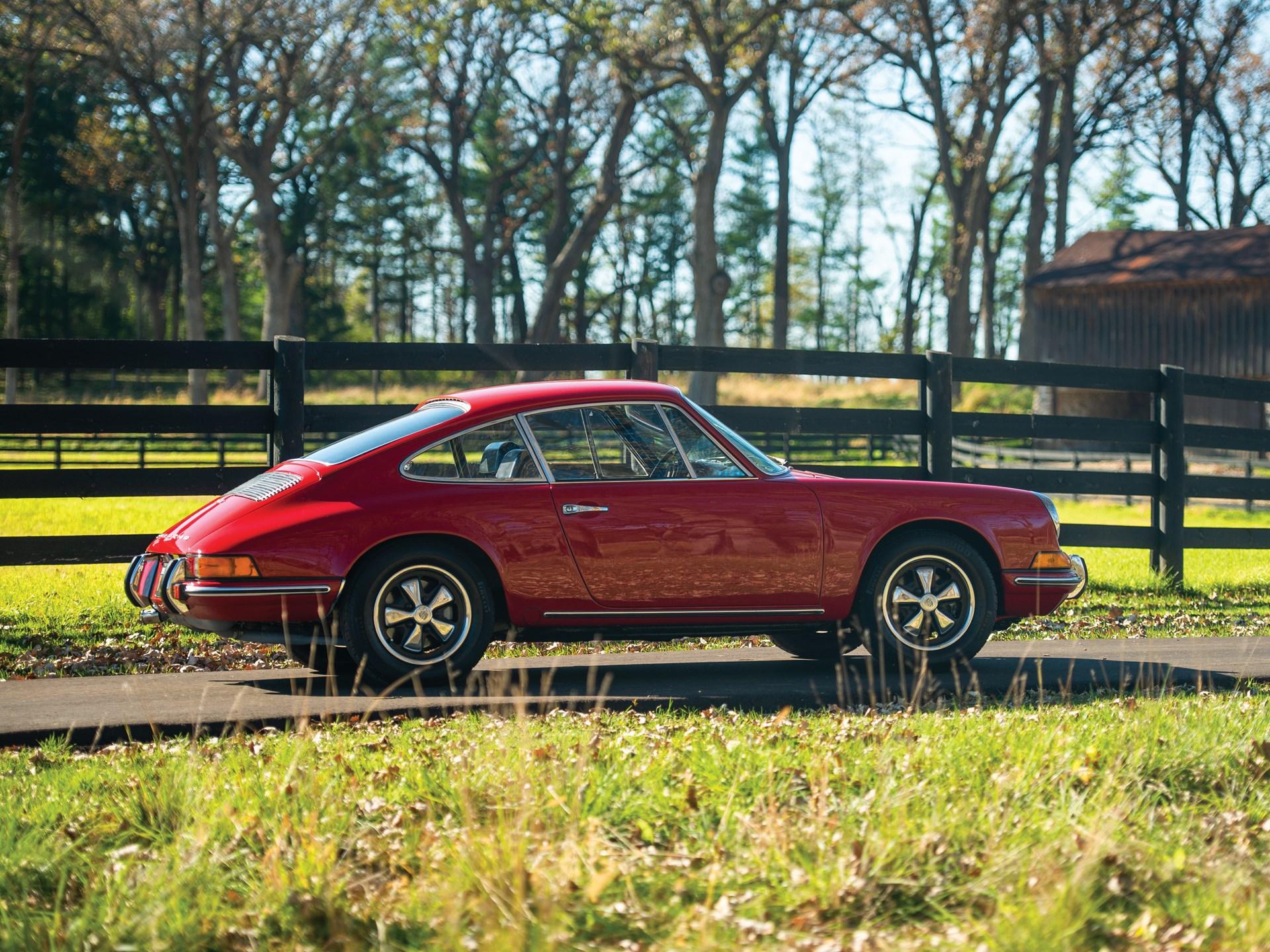 1969 Porsche 911 T Coupe by Karmann