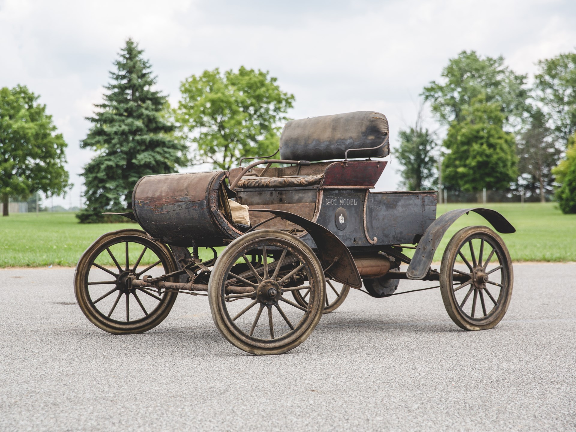 1903 Oldsmobile Model R 'Curved Dash' Runabout