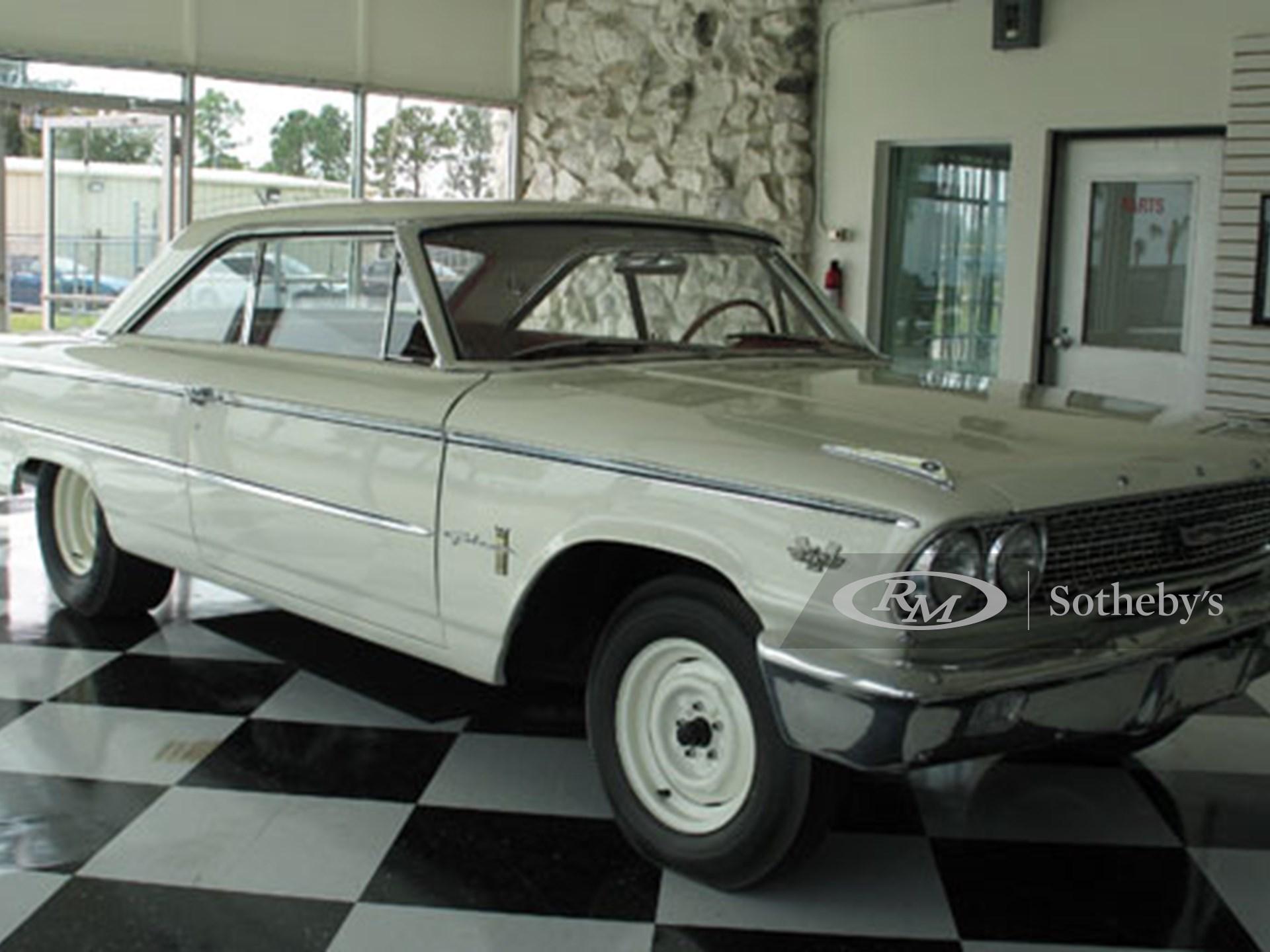 1963 Ford Galaxie XL Lightweight 2D