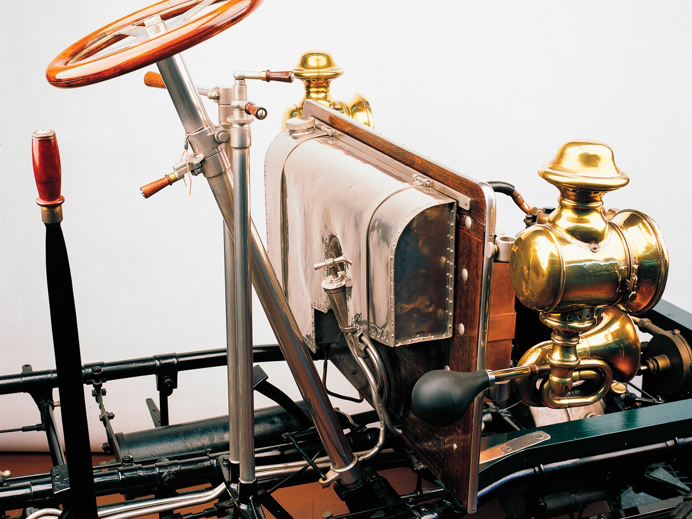1903 De Dion-Bouton Chassis and Engine