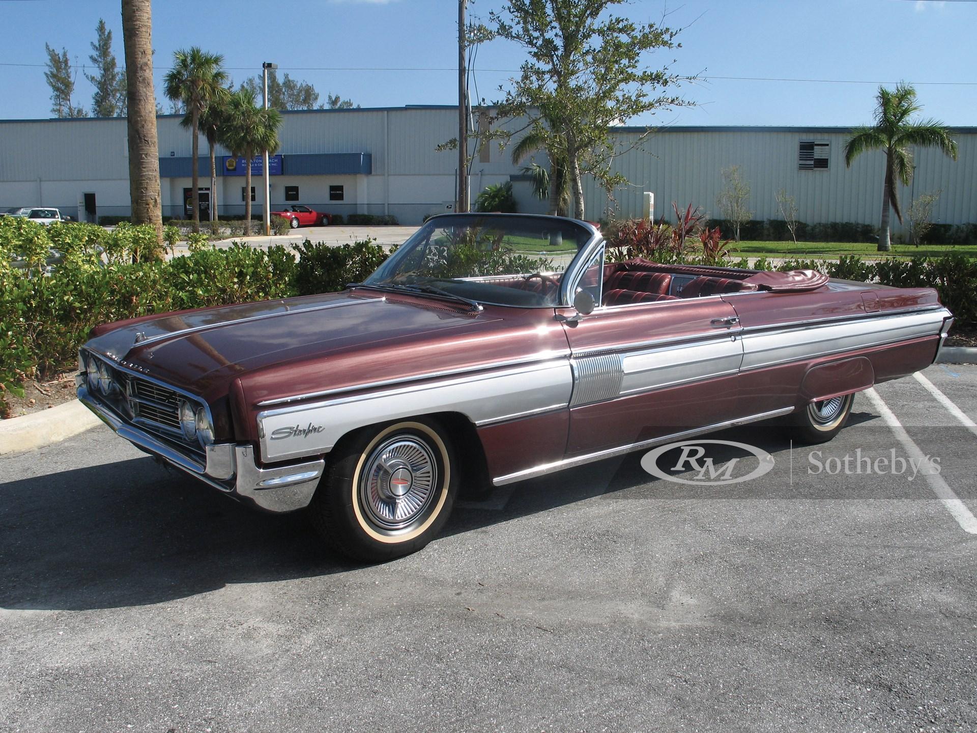 1962 Oldsmobile Starfire Convertible  -