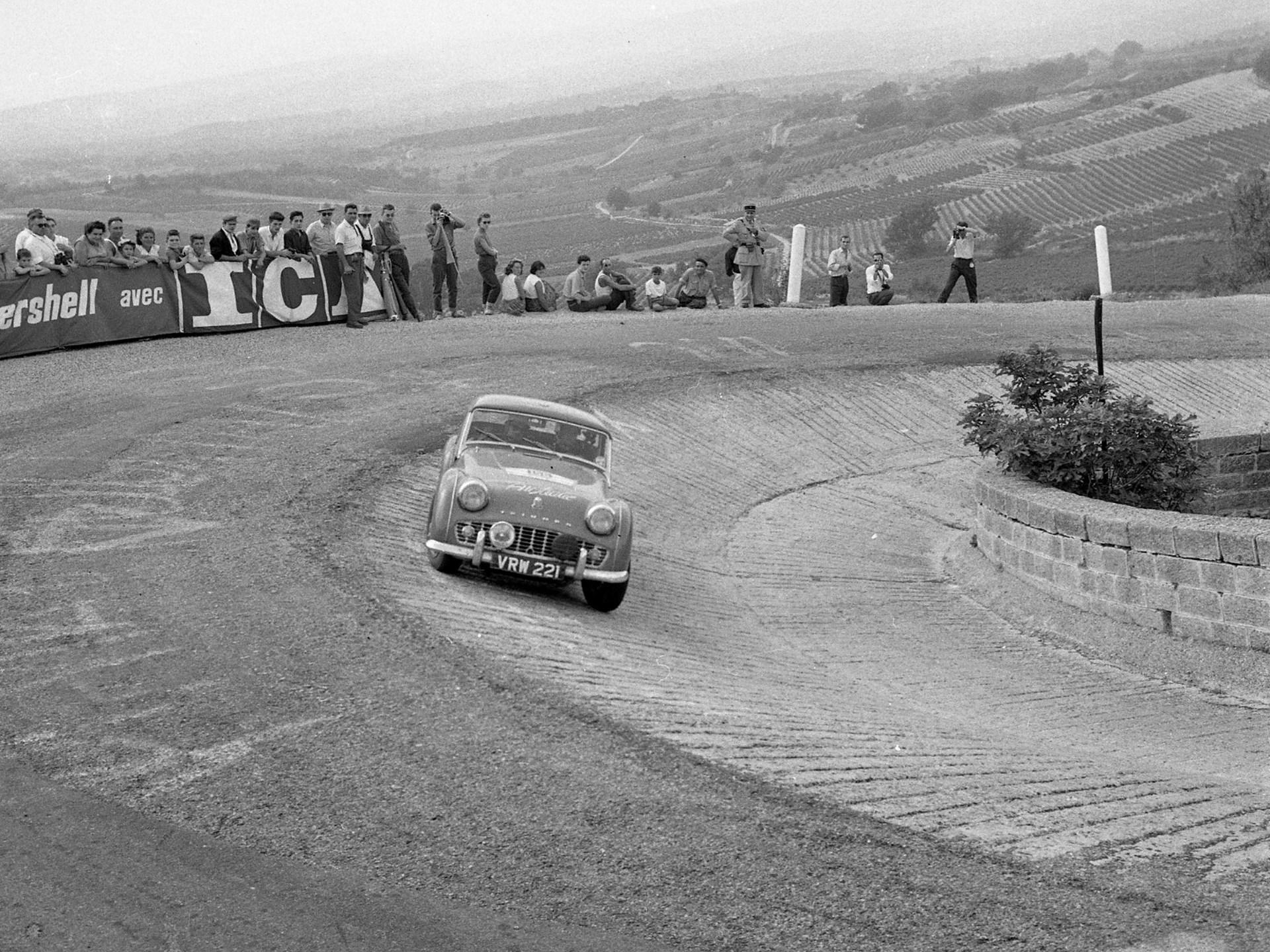 At Virage de St Estève on Mt Ventoux during the 1958 Tour de France.