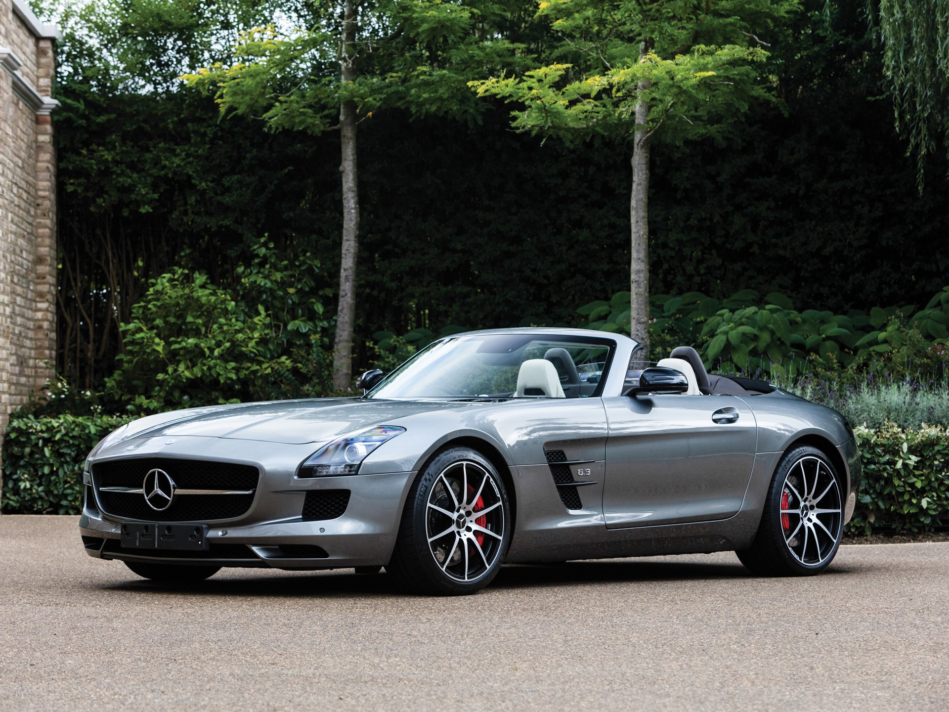 rm sotheby 39 s 2014 mercedes benz sls amg gt roadster. Black Bedroom Furniture Sets. Home Design Ideas
