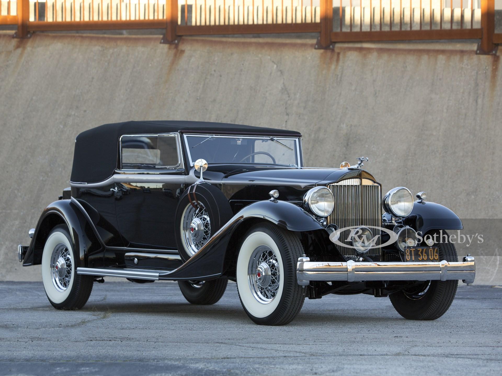 1933 Packard Super Eight Convertible Victoria
