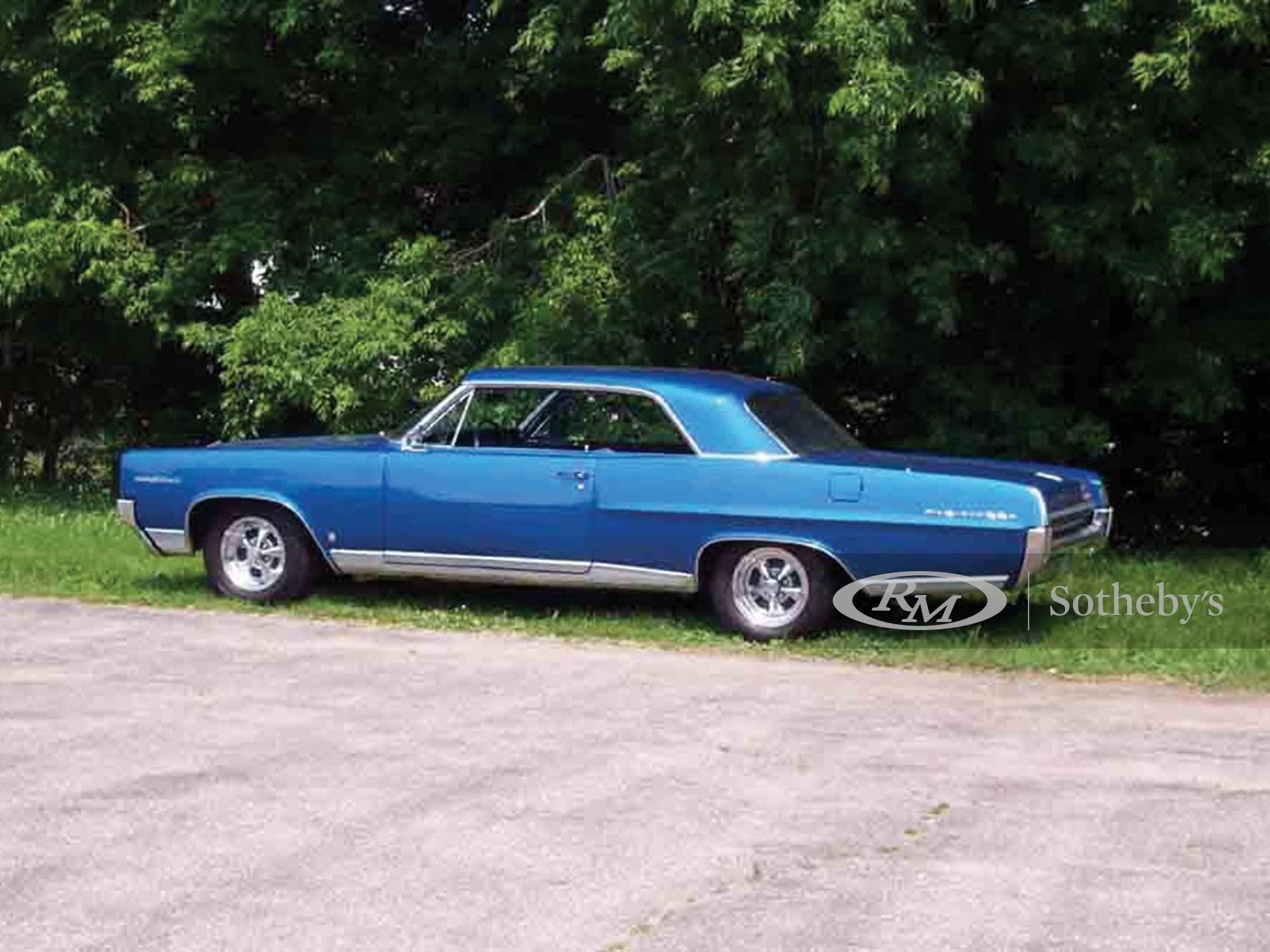 1964 Pontiac Parisienne Custom Sport  -