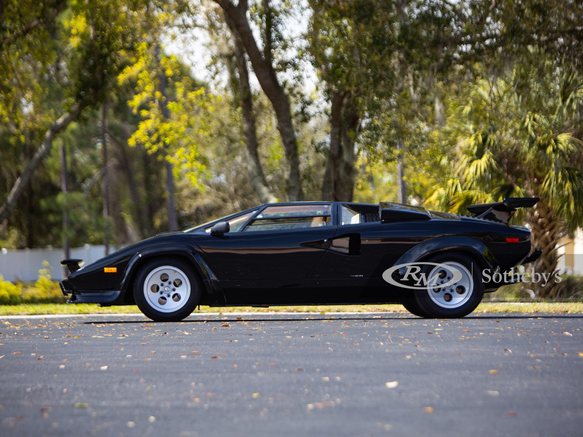 1983 Lamborghini Countach LP 5000S by Bertone -