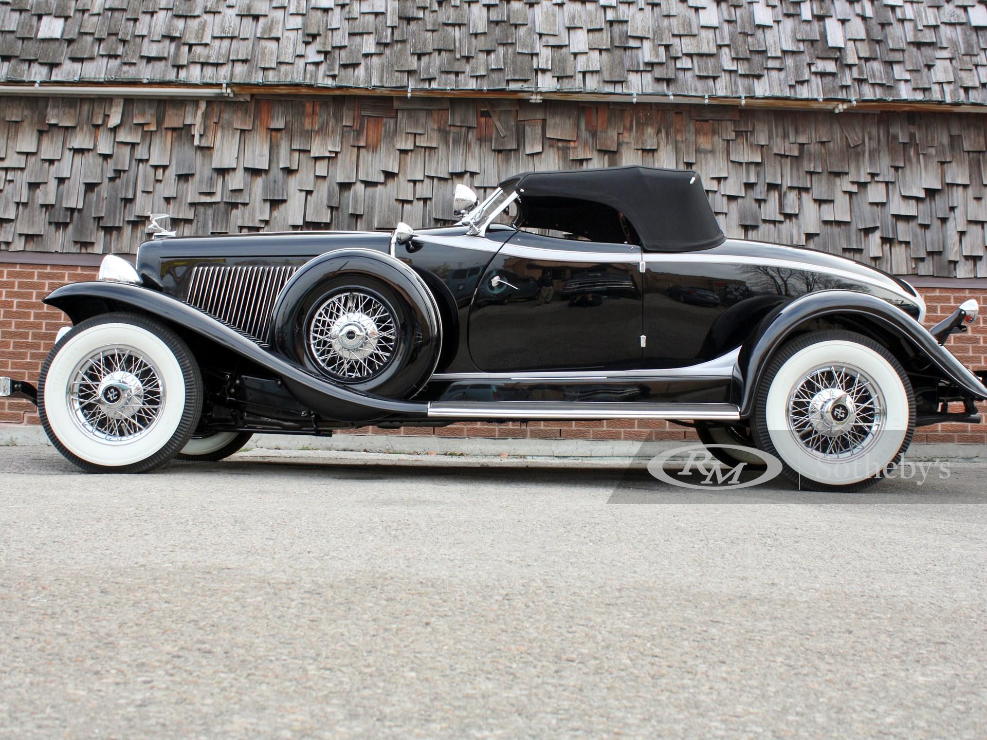 1932 Auburn V-12 Speedster  -