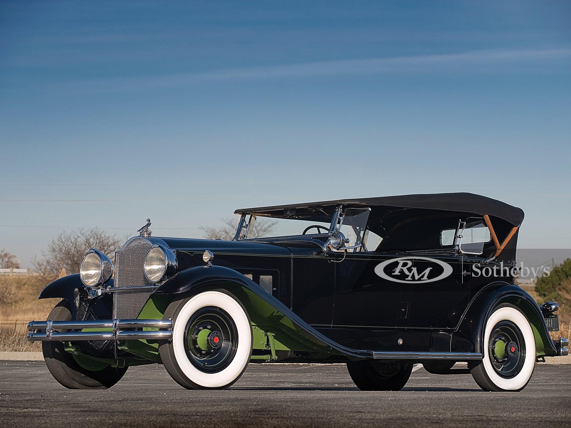 1931 Packard 840 DeLuxe Eight Sport Phaeton