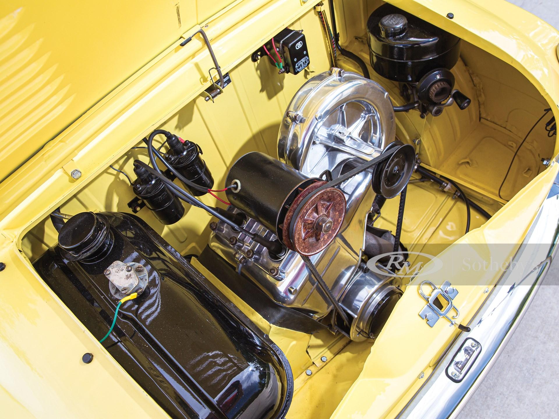 1961 Piaggio Vespa 400  -
