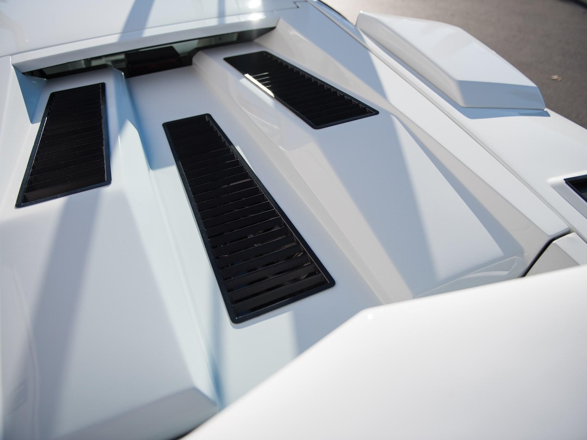 1987 Lamborghini Countach 5000 QV by Bertone