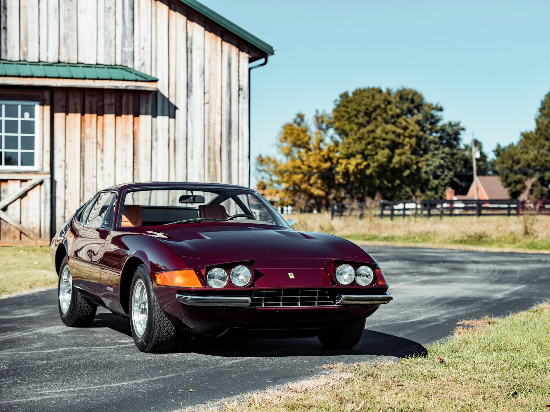 1972 Ferrari 365 GTB/4 Daytona Berlinetta by Scaglietti