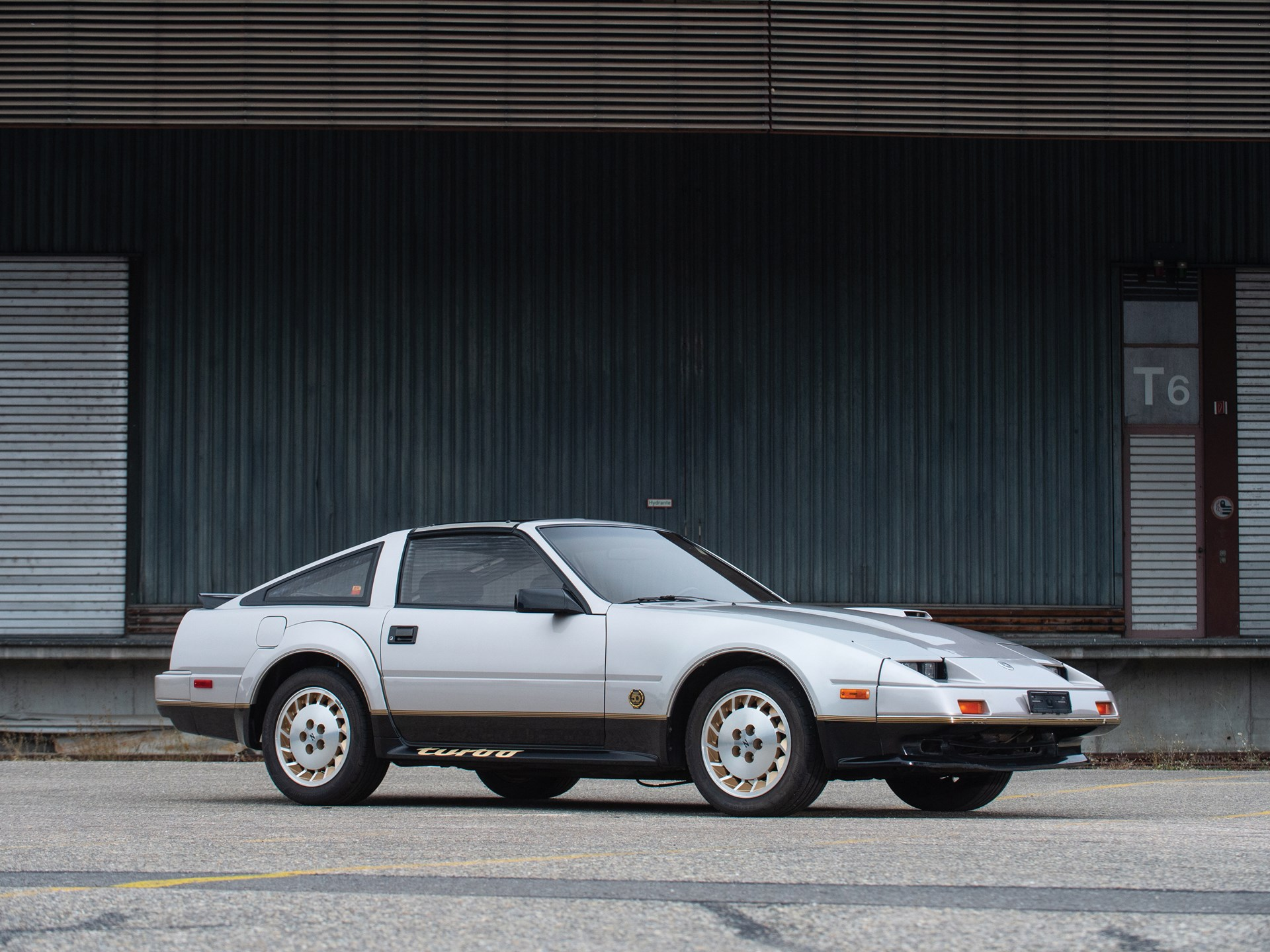 rm sotheby 39 s 1984 nissan 300zx turbo 50th anniversary. Black Bedroom Furniture Sets. Home Design Ideas