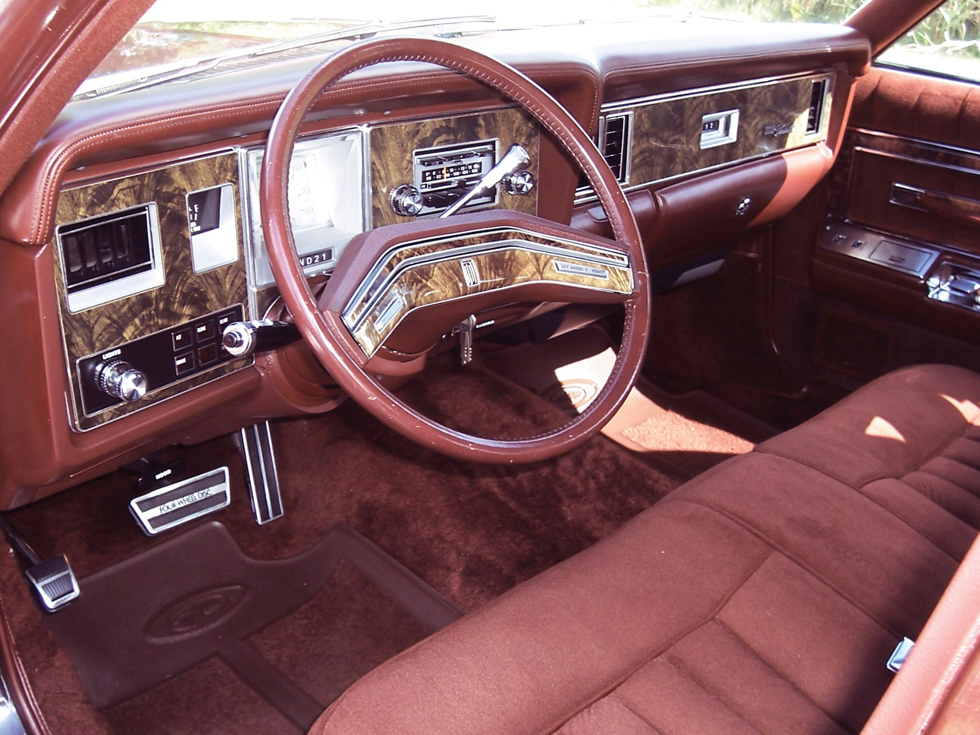 1977 Lincoln Versailles Sedan
