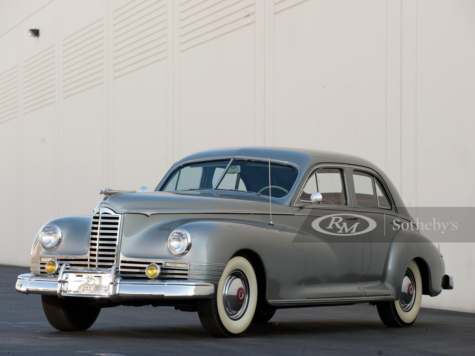 1946 Packard Clipper Sedan