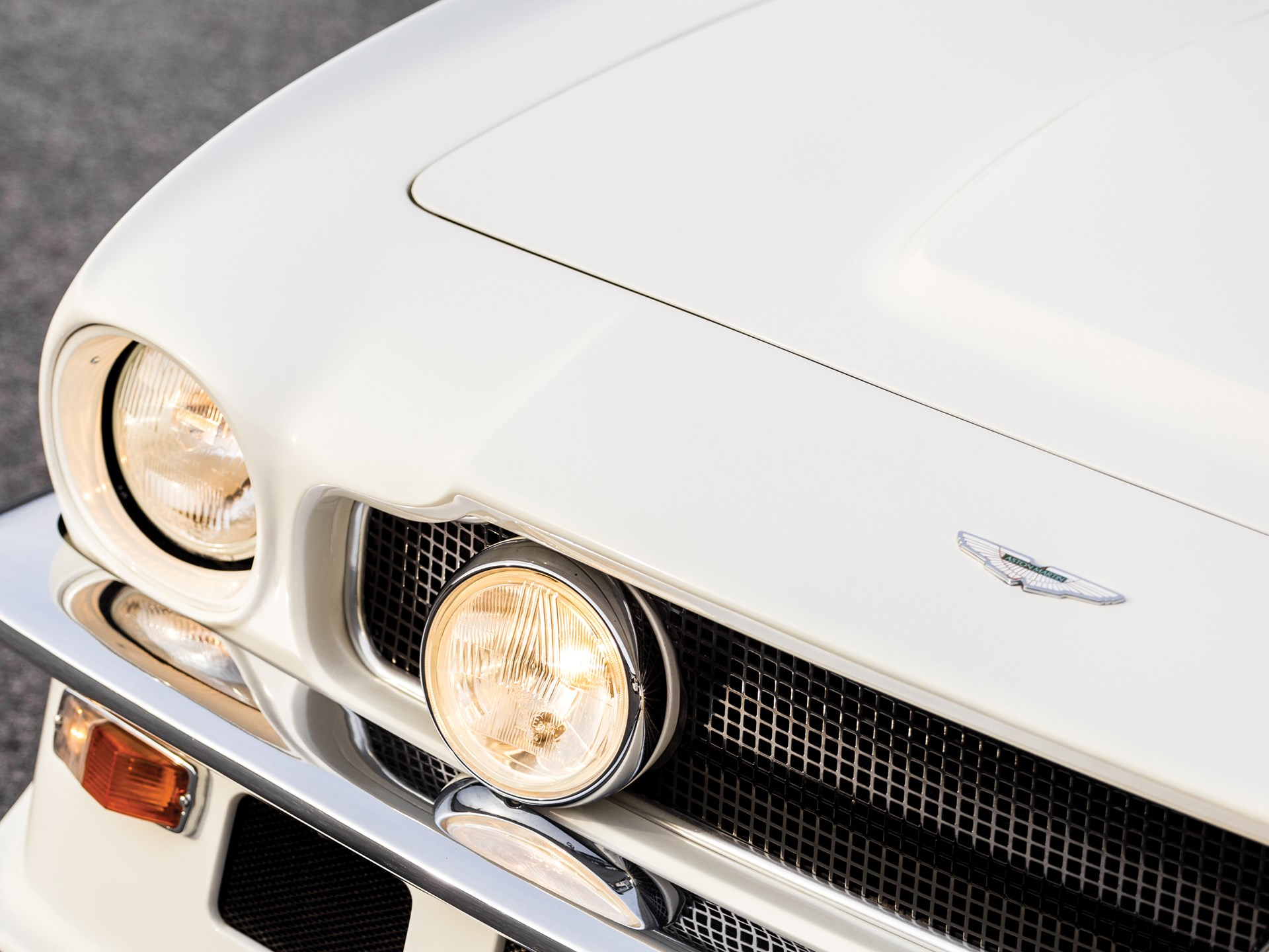 1983 Aston Martin V8 Vantage V580 'Oscar India'