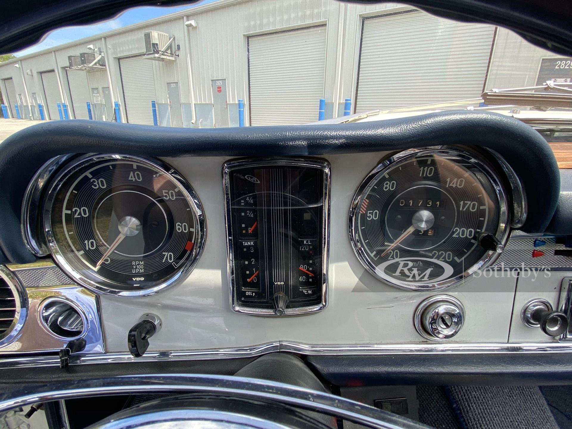 1967 Mercedes-Benz 250 SL  -