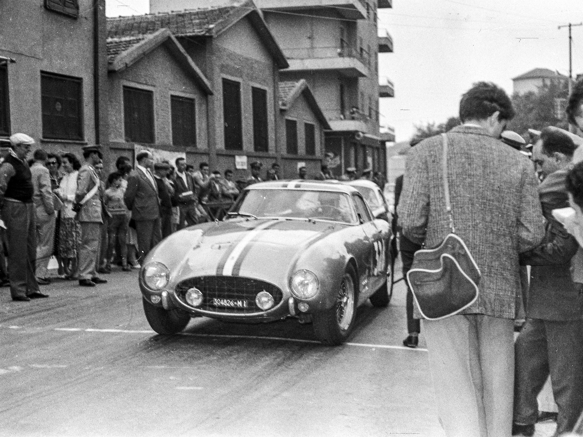 Ottavio Randaccio at the starting line of the Pontedecimo-Giovi Hillclimb in 1957, where he finished 3rd in class.