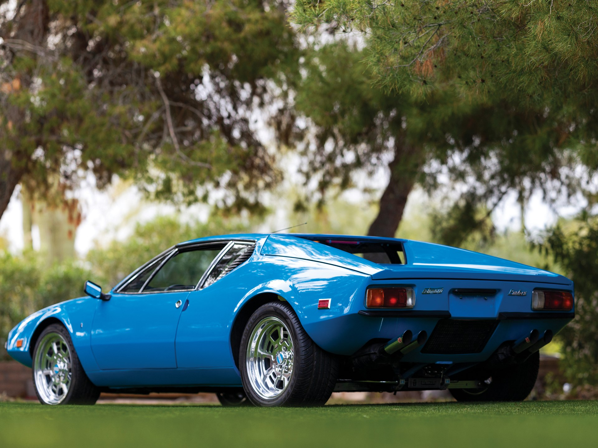 1971 De Tomaso Pantera by Ghia