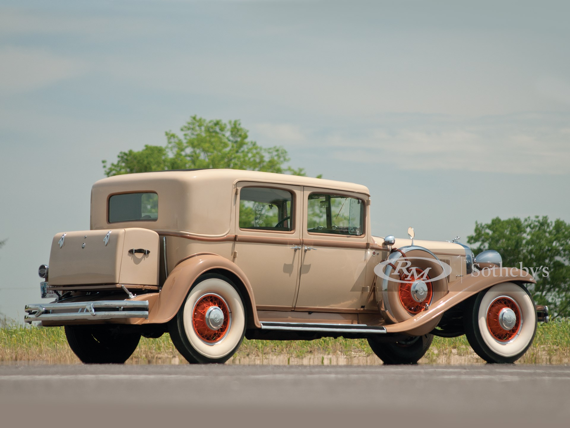 1931 Chrysler Imperial Close-Coupled Sedan  -