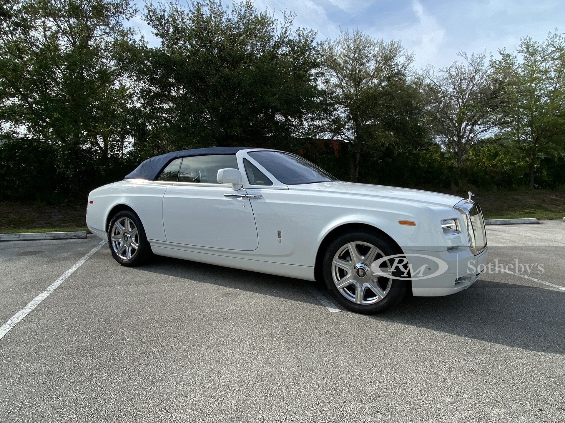 2014 Rolls-Royce Phantom Drophead Coupe  -