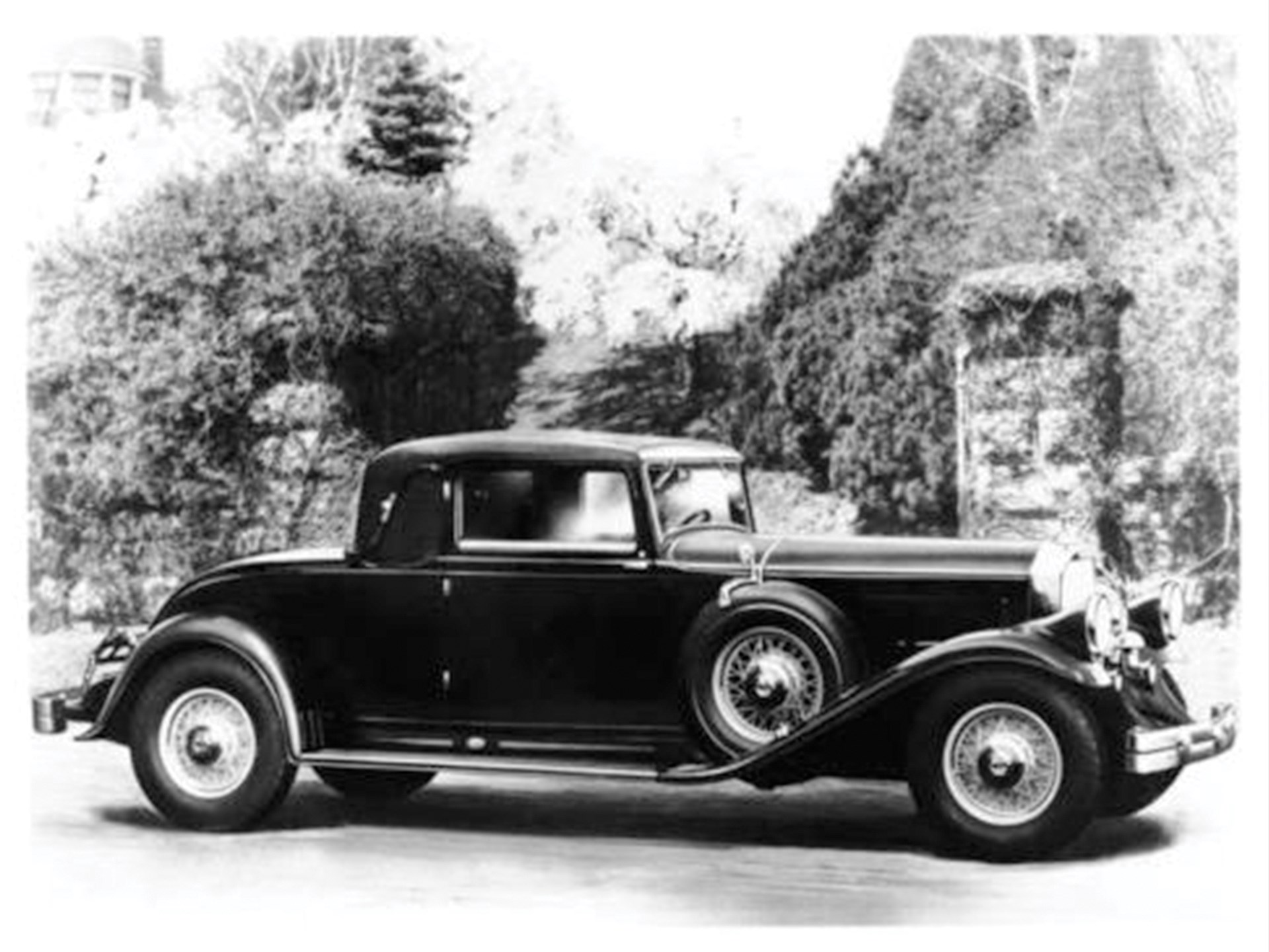 The car as it appeared when new in 1932.