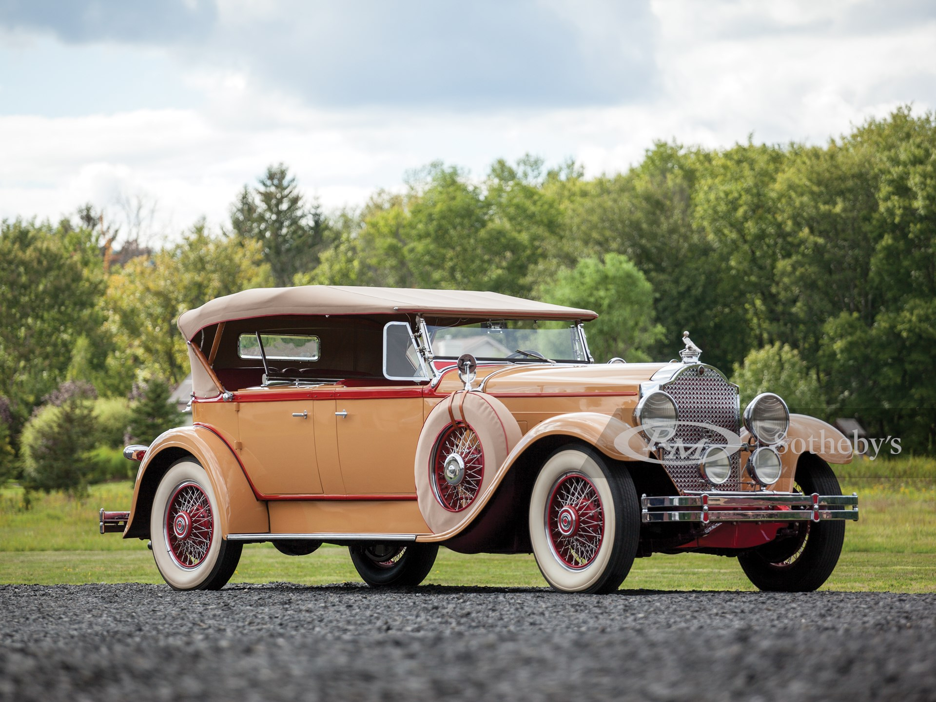 1929 Packard Deluxe Eight Dual-Cowl Sport Phaeton by Dietrich