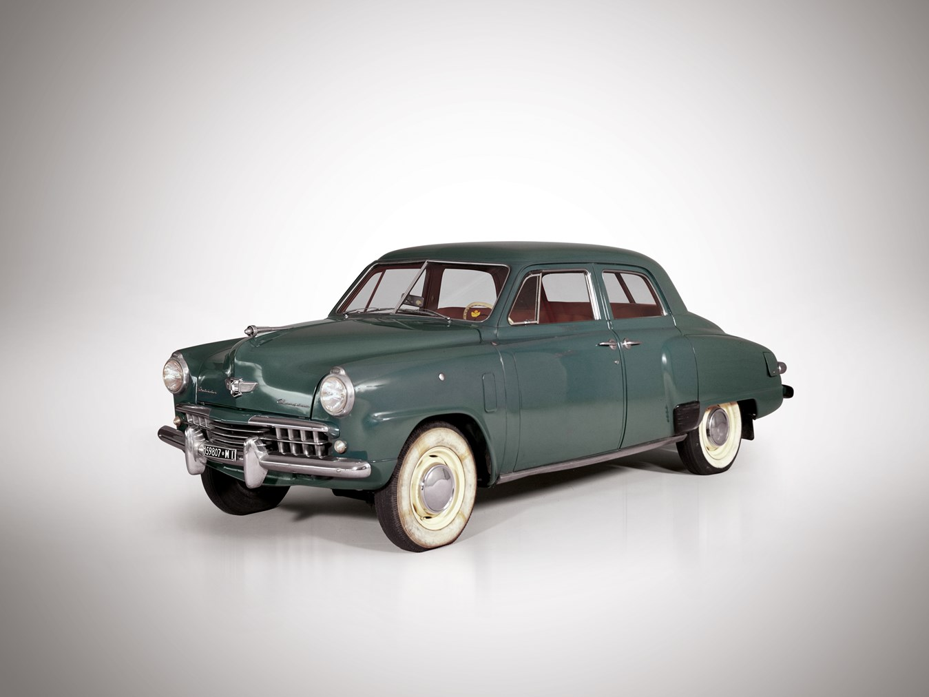 1948 Studebaker Champion DeLuxe Sedan