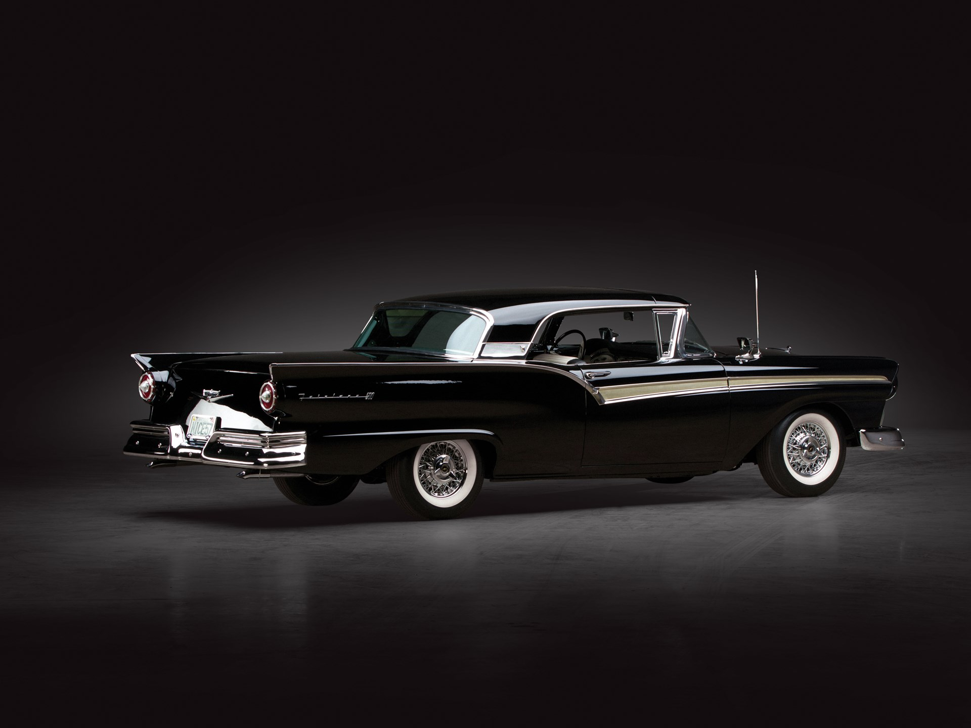 1957 Ford Fairlane 500 Skyliner Retractable Hardtop