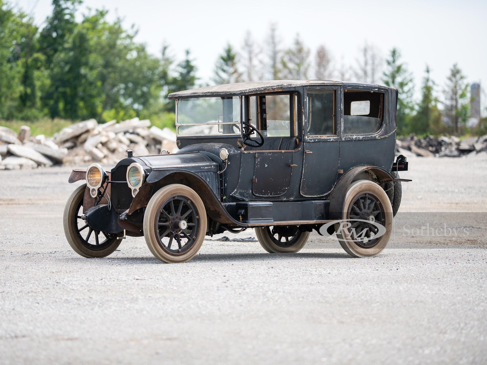 1916 Packard Twin Six Landaulet