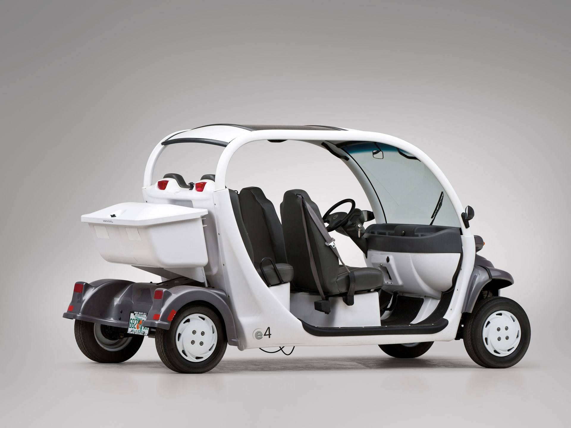 2006 Gem E4 Neighborhood Electric Vehicle