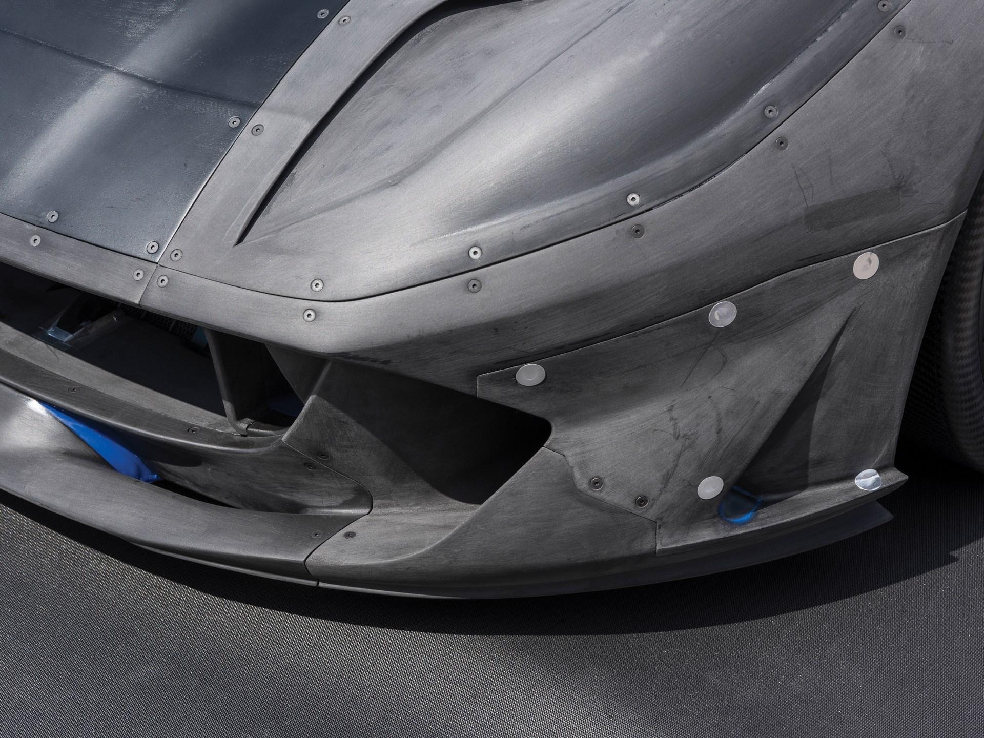 Ferrari Dettaglio Modello aerodinmico 812Superfast, sullo sfondo la Galleria del Vento di Renzo Piano