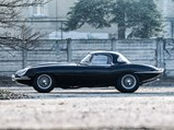 1962 Jaguar E-Type Series 1 3.8-Litre Roadster  - $Captured at Via Trento on 22 February 2019. At 1/500, f 3.2, iso100 with a {lens type} at 200mm on a Canon EOS-1D Mark IV.  Photo: Cymon Taylor