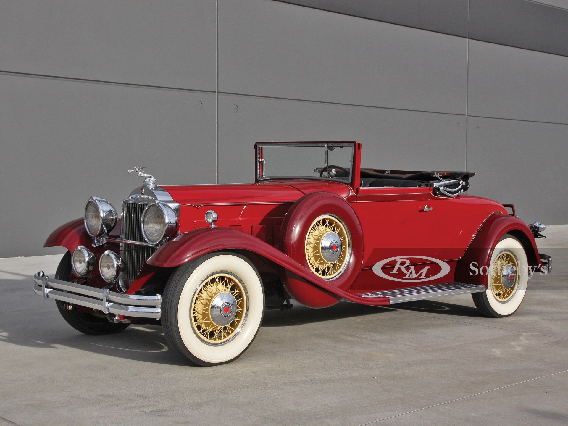 1931 Packard Deluxe Eight Convertible Coupe