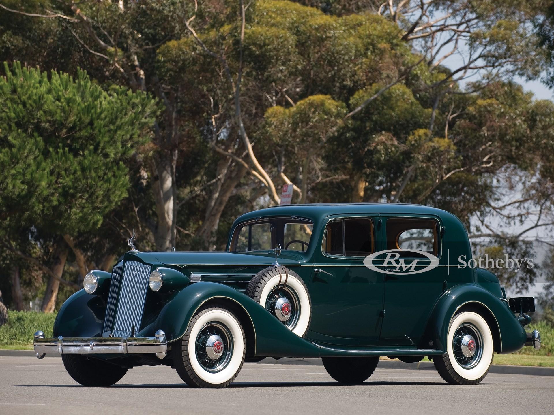 1936 Packard Twelve Club Sedan